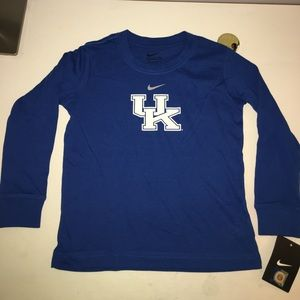 Boys long sleeve size 4 UK tee Nike
